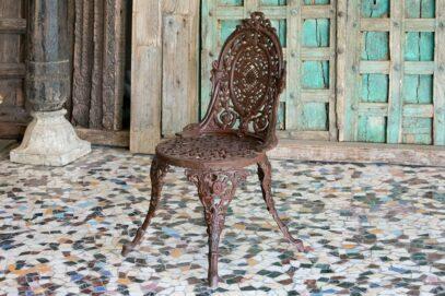 Żeliwne krzesło ogrodowe - Orange Tree meble indyjskie