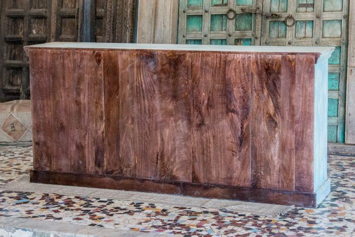 Komoda z łukowatymi drzwiczkami ażurowymi - Orange Tree meble indyjskie