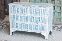 Niebiesko-biała komoda z kością - Orange Tree meble indyjskie