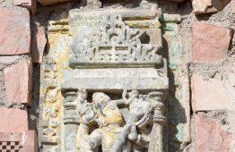 stara rzeźba marmurowa - Orange Tree meble indyjskie