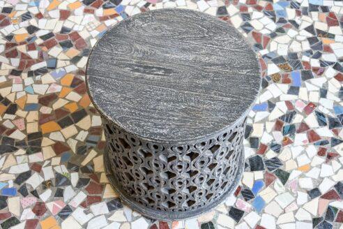Ażurowo rzeźbiony stolik - Orange Tree meble indyjskie