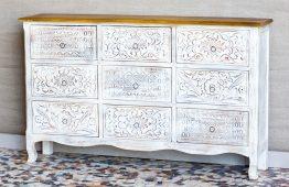 Komoda z rzeźbionymi szufladami - Orange Tree meble indyjskie