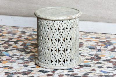 Okrągły ażurowo rzeźbiony stolik - Orange Tree meble indyjskie