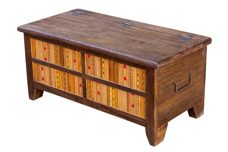 Kufer zdobiony listewkami - Orange Tree meble indyjskie