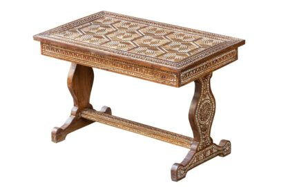 Brązowy rzeźbiony stolik - Orange Tree meble indyjskie