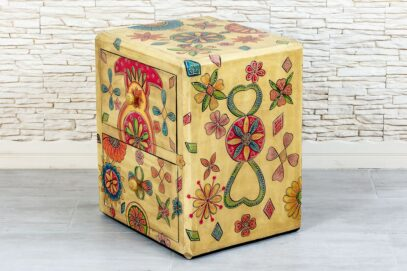 Kolorowa szafka z szufladami - Orange Tree meble indyjskie
