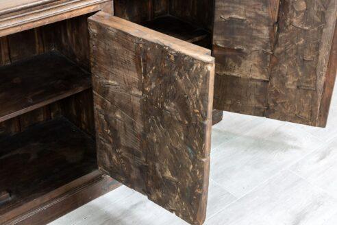 Duża brązowa komoda ze starymi drzwiczkami - Orange Tree meble indyjskie