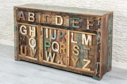 Loftowa komoda recycled z alfabetem 3D - Orange Tree meble indyjskie
