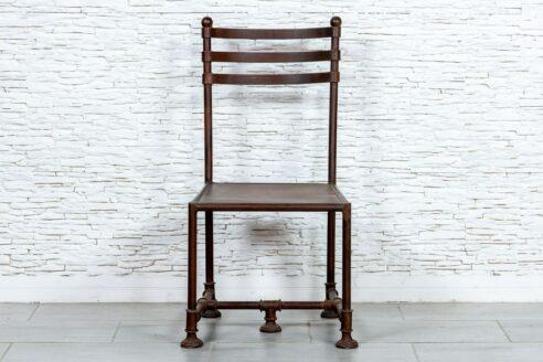 Industrialne krzesło - Orange Tree meble indyjskie