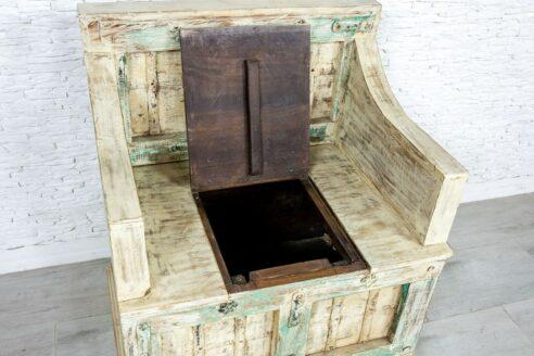 Średniowieczny fotel z kufrem - Orange Tree meble indyjskie