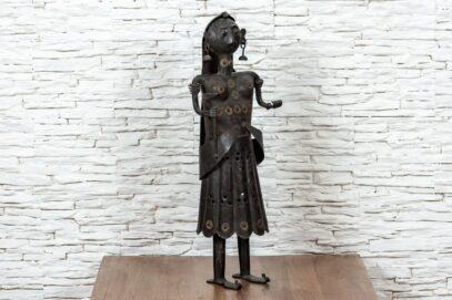 Figurka Hinduski z pochodnią 2