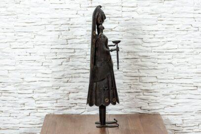 Figurka Hinduski z pochodnią 3