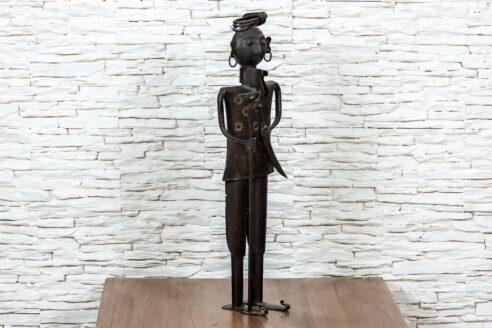Figurka Hindusa z pochodnią – metaloplastyka 2