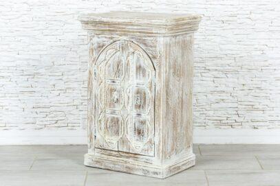 Bielona szafka z łukiem 4