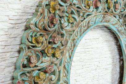 Duża ażurowa rama z kwiatkami 2