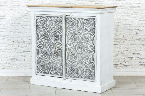 Dwudrzwiowa szafka z rzeźbionymi kwiatkami 3