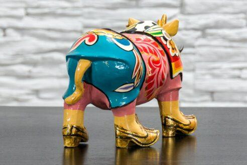 Nosorożec w złotych butach 4