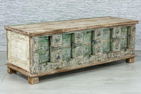 Radżastański kufer ze starych elementów 2