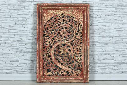 Biało-czerwony panel rzeźbiony ażurowo 1