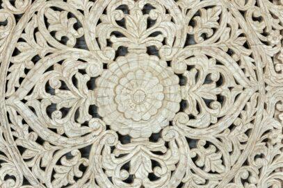 Bielony panel z ażurową mandalą 160cm 2