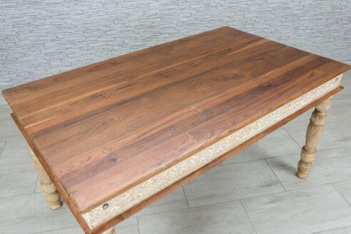Rzeźbiony stół jadalny z tekowym blatem 4