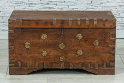 Stary kufer tekowy z wieloma skrytkami 1