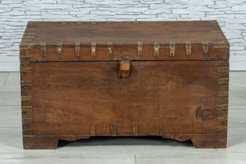 Stary kufer tekowy z wieloma skrytkami 10
