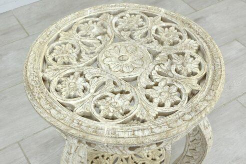 Okrągły stolik z ażurowymi blatami 3