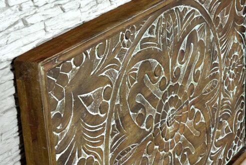 Drewniany panel z rzeźbioną mandalą 3