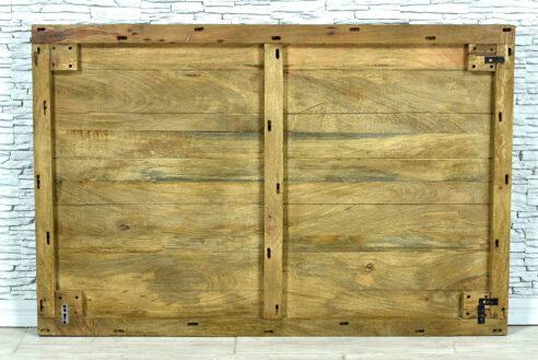 Drewniany panel z rzeźbioną mandalą 4