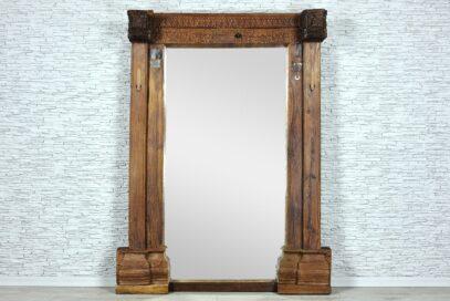 Duża stara rama z lustrem 1