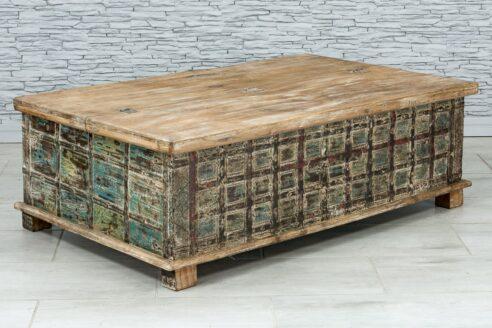 Kufer okuty żelazem 2